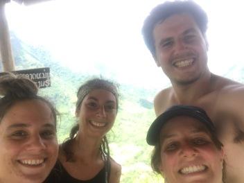 Claire et Lola - 7 jours au Laos