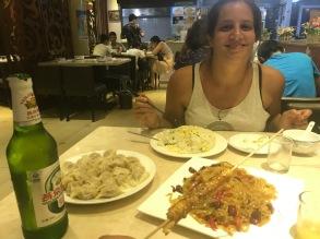 Repas de canard et riz cantonais a Pékin