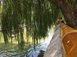 Paul dans le parc Beihai a Pékin